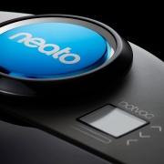 Neato D85 Saugroboter Design
